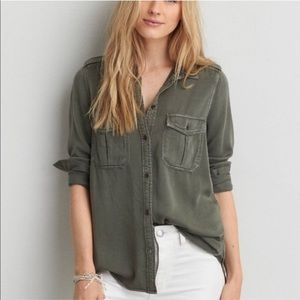 American Eagle Outfitters Boyfriend Fit Shirt